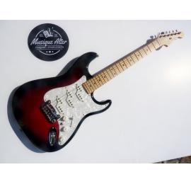 Guitare G&L COM-RDB-M USA Comanche Redburst